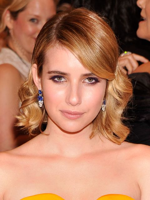 <p>Emma Roberts with retro waves at the Met Ball 2012</p>