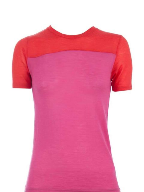 "<p><a href=""http://www.pringlescotland.com/""> </a></p><p> </p><p>Embrace colour this season with this luxe T-shirt. Whether you wear with a pair of green trousers a la Jil Sander or simply with a pair of jeans, you'll be effortlessly on-trend. <a href=""ht"