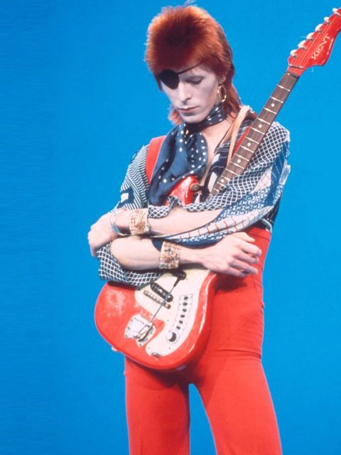 <p>There aren't many people who can make an eye-patch look cool. But then this is Bowie</p>