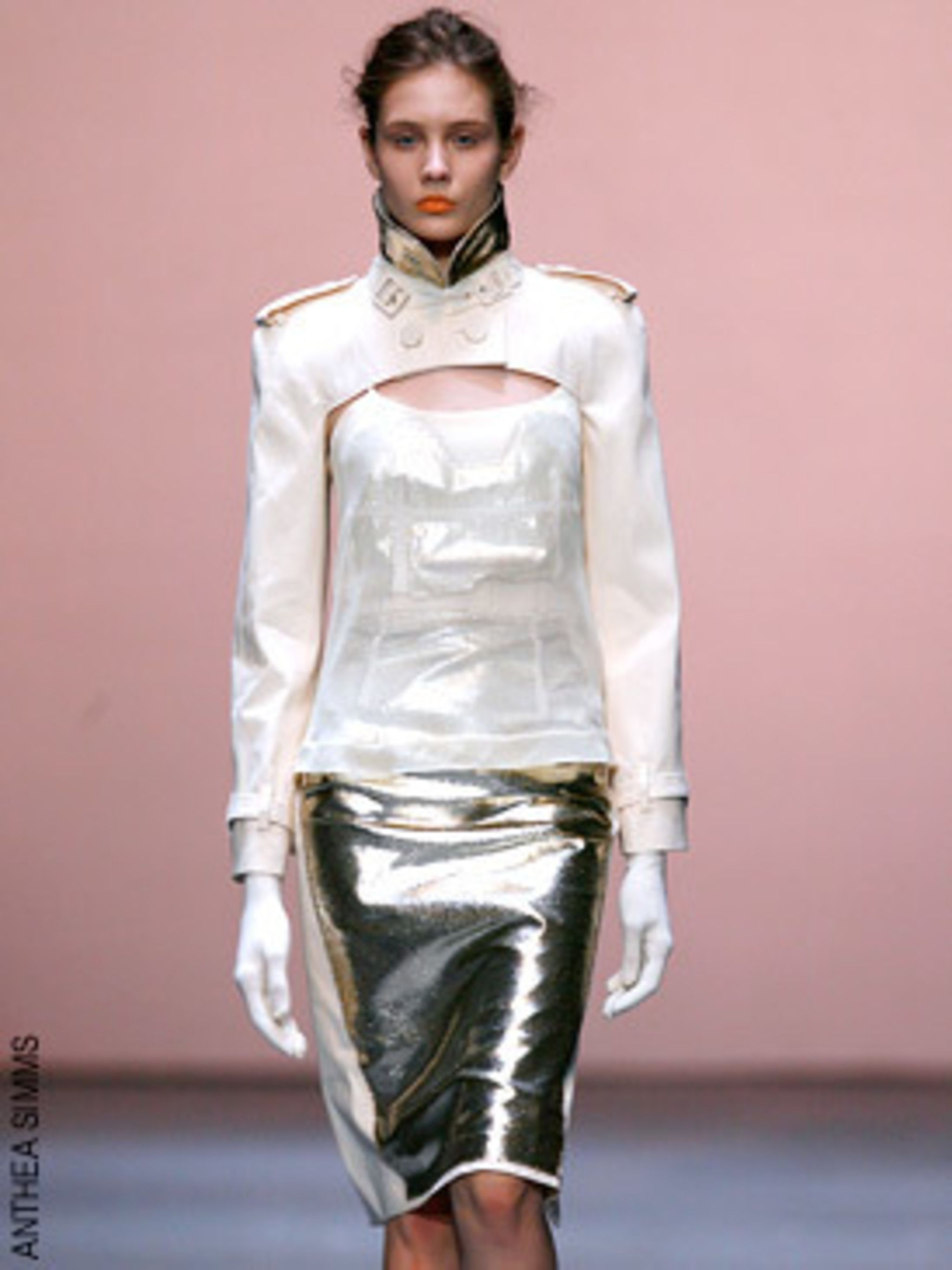 <p>Richard Nicoll's collection was sophisticated and grown up - the tailoring was beautiful. My hot buy is the gold lame pencil skirt</p>