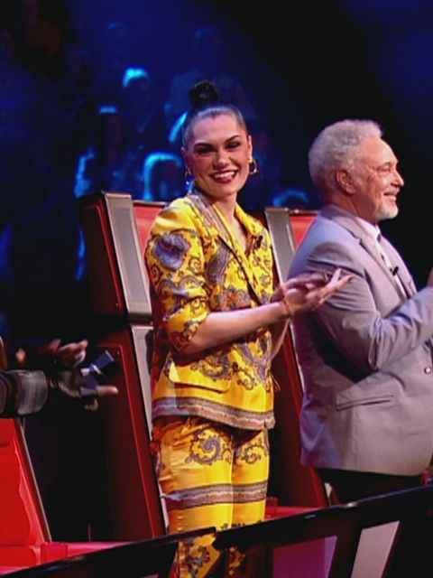 <p>Jessie J wearing Dolce &amp&#x3B; Gabbana on The Voice this Saturday</p>