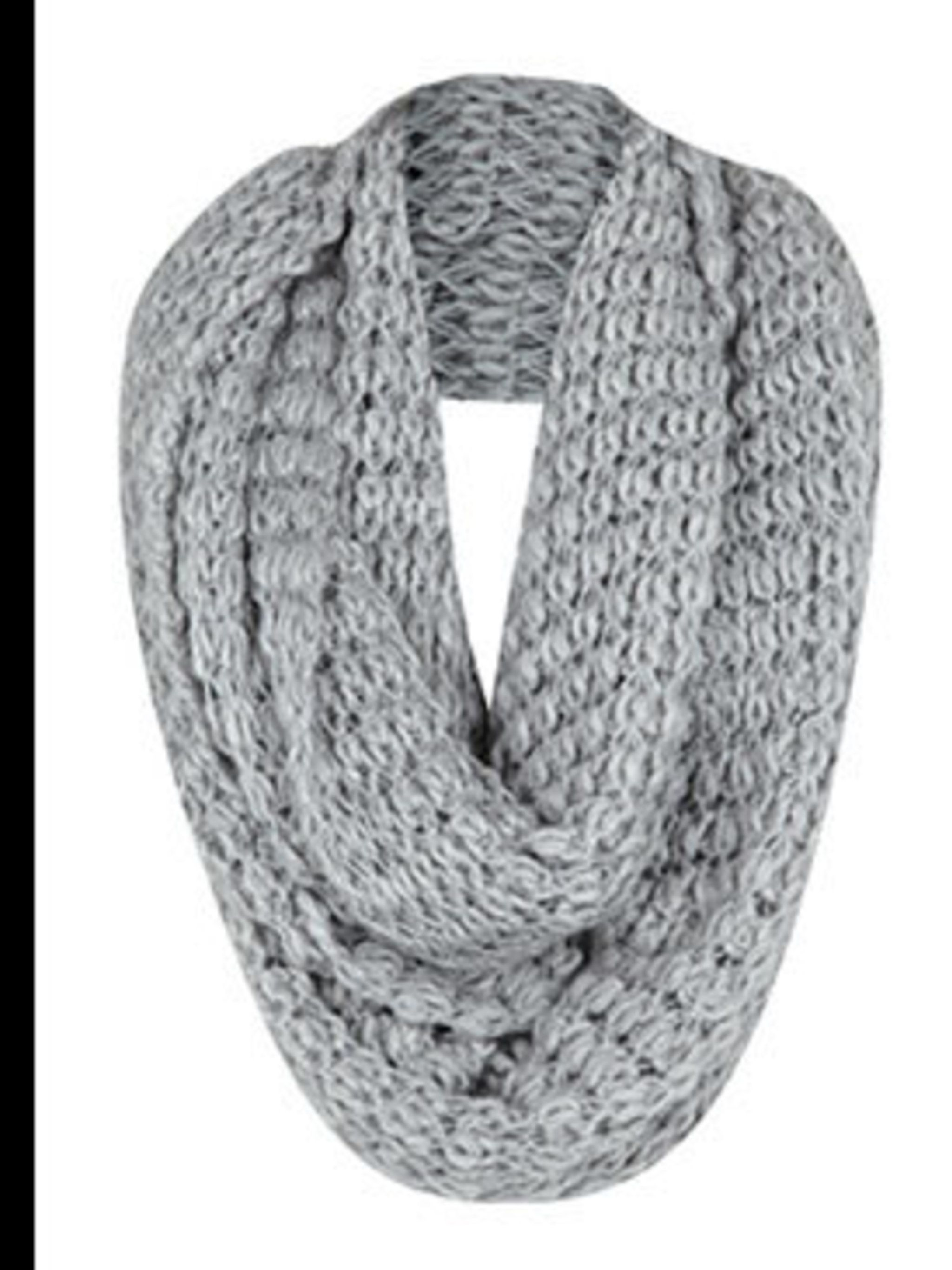 "<p>Snood, £14.99 by <a href=""http://xml.riverisland.com/flash/content.php"">River Island</a></p>"