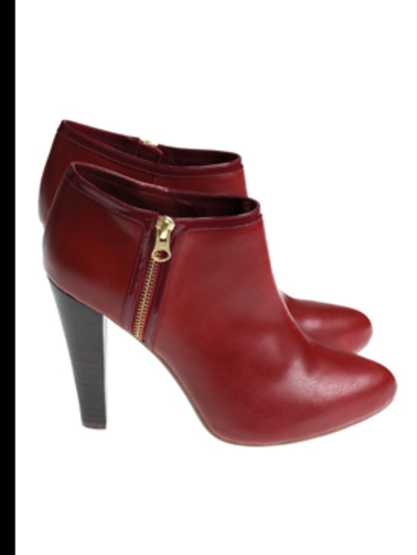 "<p>Ankle Boots, £29.99 by <a href=""http://www.hm.com/gb/"">H&M</a></p>"