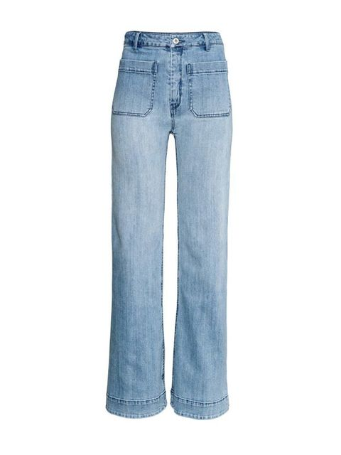 """<p><a href=""""http://www.hm.com/gb/product/88969?article=88969-B"""" target=""""_blank"""">H&M</a> jeans, £24.99</p>"""