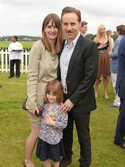 <p>Actress Emily Mortimer with Alessandro Nivola and their daughter, May Rose.</p>