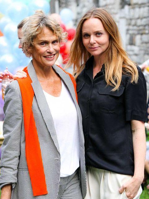 <p>Lauren Hutton and Stella McCartney</p>