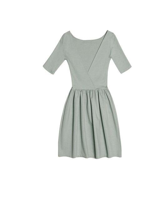 "<p><a href=""http://www.zara.com/webapp/wcs/stores/servlet/product/uk/en/zara-S2012/189503/631514/CROSSOVER%2BBACK%2BDRESS"">Zara</a> crossover back dress, £35.99</p>"