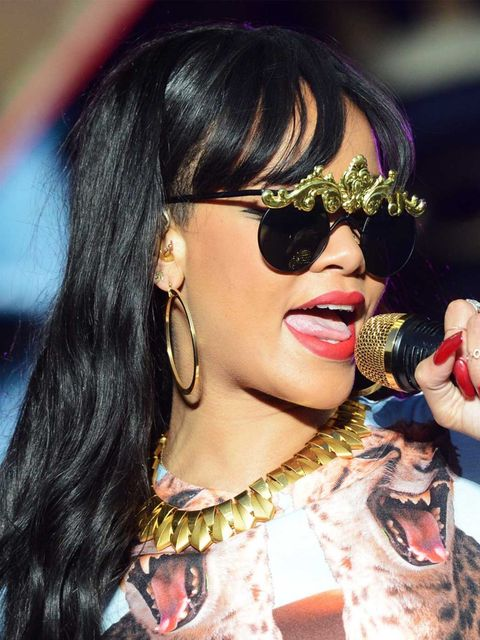 <p>Rihanna performing at Radio 1 Hackney Weekend</p>