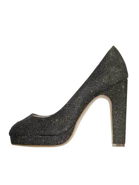 "<p><a href=""http://www.reissonline.com/shop/womens/shoes/shirley/gold/"">Reiss</a> gold platform peeptoe, £149</p>"