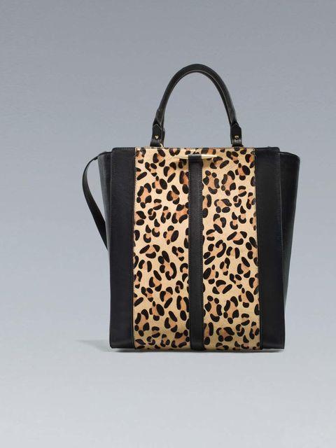 "<p><a href=""http://www.zara.com/webapp/wcs/stores/servlet/product/uk/en/zara-neu-W2012-s/330018/957548/LEOPARD%20PRINT%20SHOPPER%20BAG"">Zara</a> bag, £39.99</p>"