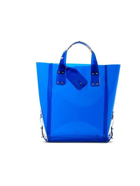 """<p>McQ transparent shopper, £120, at Selfridges</p><p><a href=""""http://shopping.elleuk.com/browse?fts=mcQ+shopper"""">BUY NOW</a></p>"""