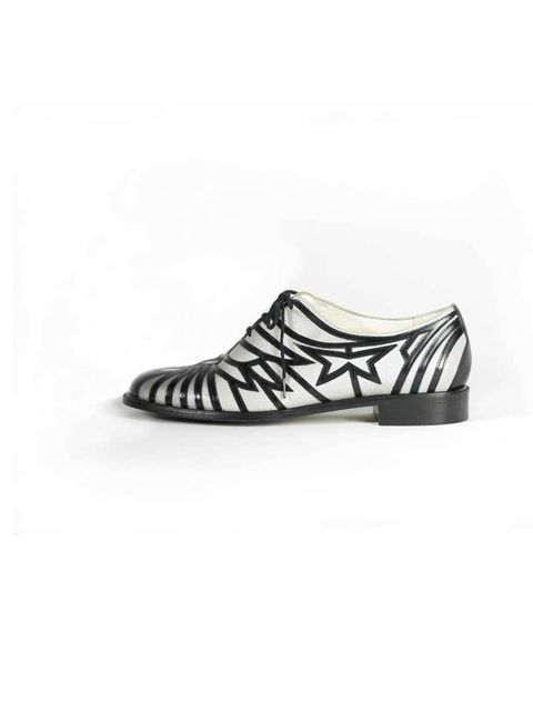 8c5704432be6  p Robert Clergerie  Jalino  lace-up flats £430. For