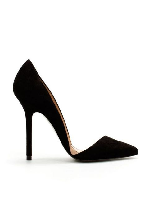 "<p><a href=""http://www.zara.com/webapp/wcs/stores/servlet/product/uk/en/zara-W2010-s/51187/271072/ASYMMETRIC%2BCOURT%2BSHOE""> </a></p><p>The sub zero temperatures have returned but the high street and online stores are offering the perfect distraction wit"