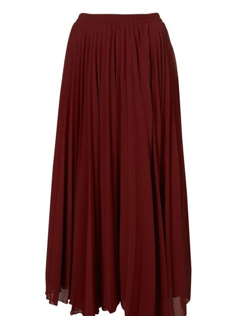 "<p>Motel pleated ballet skirt, £58, at <a href=""http://www.topshop.com/webapp/wcs/stores/servlet/ProductDisplay?beginIndex=0&viewAllFlag=&catalogId=33057&storeId=12556&productId=2308892&langId=-1&categoryId=&searchTerm=motel&am"