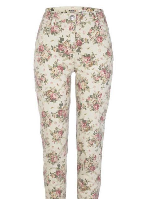 """<p><a href=""""http://www.riverisland.com/Online/women/jeans"""">River Island</a> floral jeans, £35</p>"""