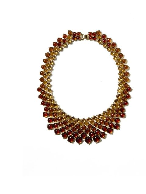 "<p>Banana Republic ombre amber necklace £65.00 from <a href=""http://bananarepublic.gap.eu/browse/product.do?cid=58025&vid=1&pid=000432367J008-05900"">Bananarepublic.co.uk</a></p>"