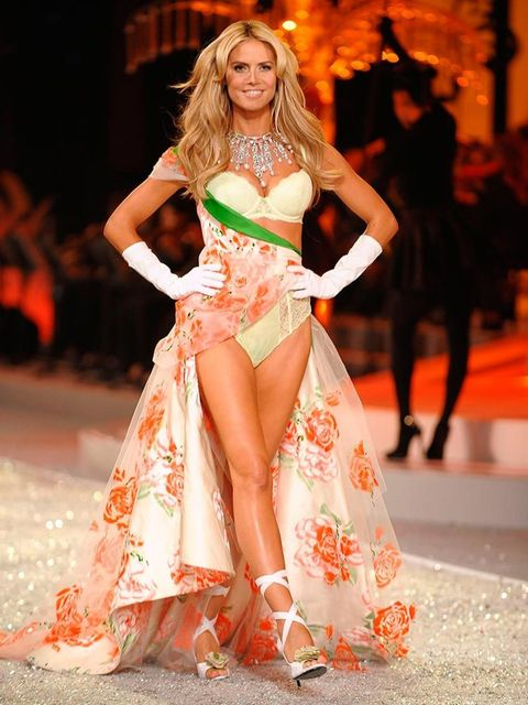 <p>How do you chose favourite legs?! Ask Heidi Klum. She had hers insured, but for different amounts; the right for $1.2 million, the left for $1 million.</p>