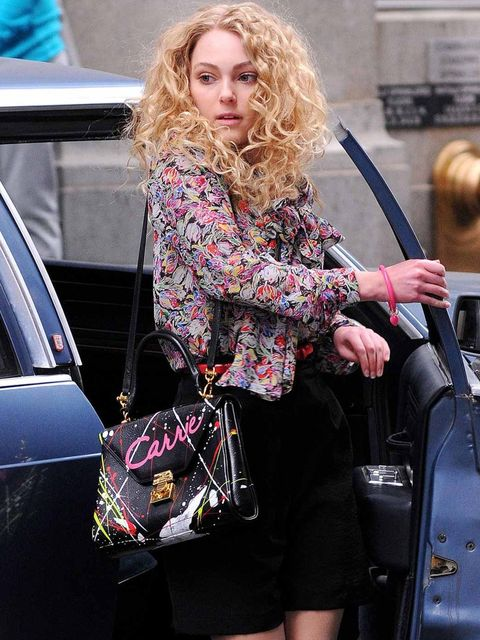 <p>AnnaSophia Robb on the set of The Carrie Diaries</p>