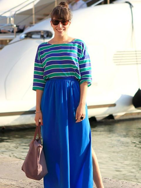 <p>Photo by Anthea Simms.Isabelle, 22, Student. Zara top, skirt, shoes and bag, Rayban sunglasses.</p>
