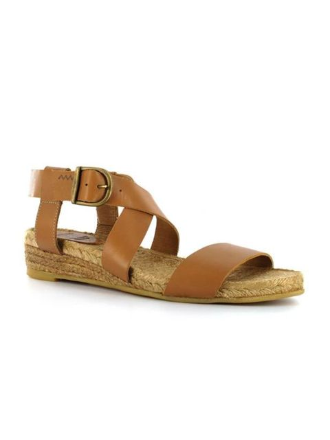 "<p>Our latest online shopping discovery offers luxe wardrobe staples with attainable price tags. Discover the label's espadrille sandals… <a href=""http://www.medwinds.com/store/en/mujer-1/zapatos/sargantana-espadrille-sandals.html?p=2&mode_append=1&am"