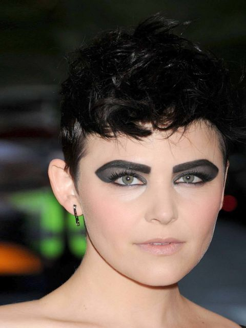 <p>Ginnifer Goodwin channels a distinctly darker vibe with some of the smokiest eyes we've seen on the red carpet. </p>