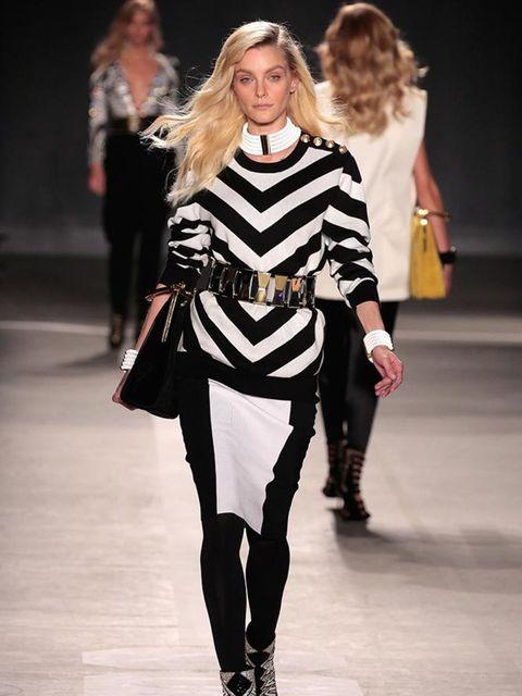 <p>Jessica Stam walks in the H&M x Balmain catwalk show.</p>
