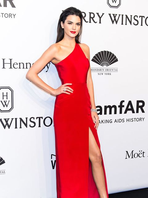 <p>Kendal Jenner attends the amfAR New York gala at Cipriani Wall Street, wearing Harry Winston, i February 2015.</p>