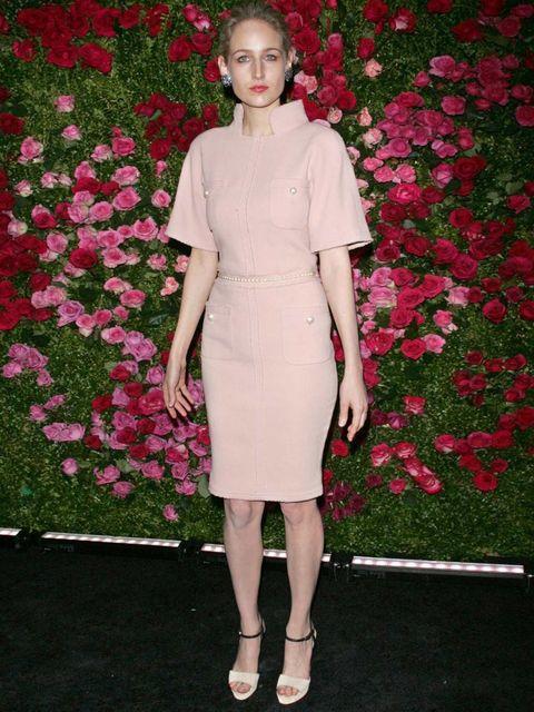 <p>Leelee Sobieski in Chanel</p>