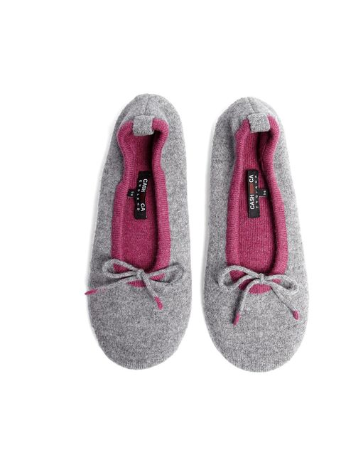 """<p>Cash Ca cashmere slippers, now £52 at www.my-wrdrobe.com</p><p><a href=""""http://www.my-wardrobe.com/cash-ca/exclusive-primo-and-cashmere-tipped-slippers-909116"""">BUY NOW</a></p>"""