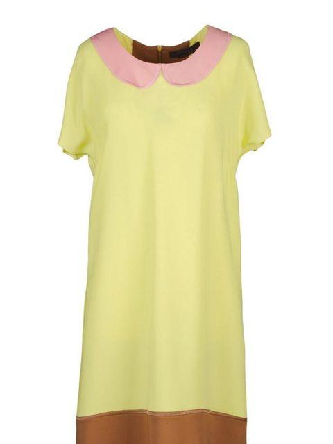 "<p>Giles Peter Pan collar dress, £670, at <a href=""http://www.thecorner.com/item/YOOX/GILES/dept/tcwoman/tskay/582B0E9B/rr/1/cod10/34197655TB/sts/sr_tcwoman3"">thecorner.com</a></p>"