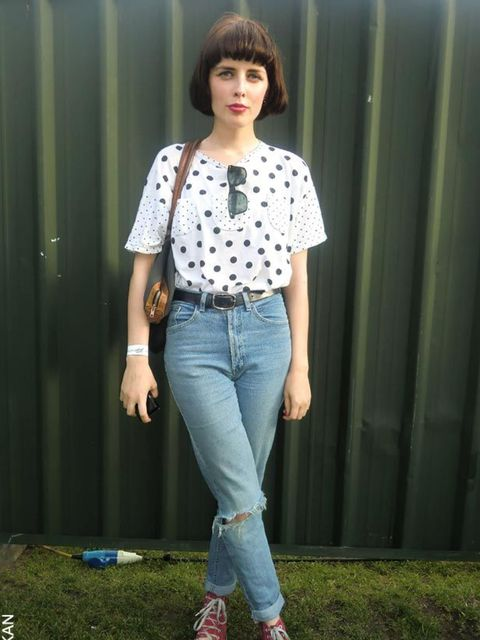 <p>Emma, 24, Freelance Journalist. Vintage top, jeans and sunglasses. Converse trainers, Urban Outfitters bag.</p>