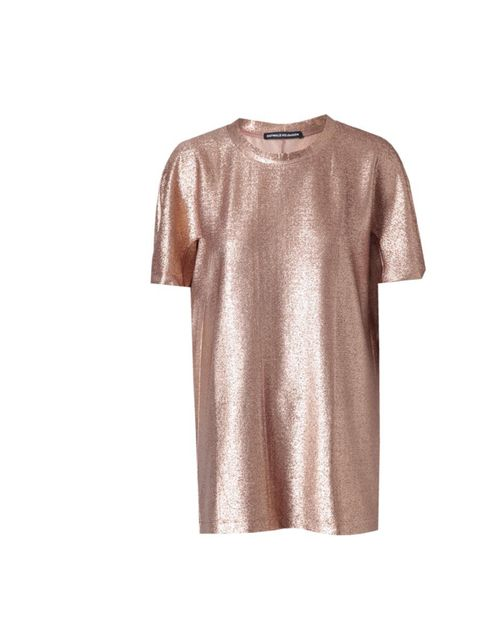 <p>If you don't know this name, then now is the time to make a note. With a collection full of metallics and tribal printed silks and accessories, you can see why we're such fans of Ostwald Helgason… Ostwald Helgason rose gold top, £180, at Browns</p><p><