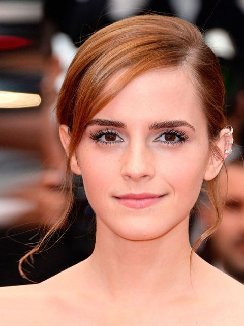 """<p><a href=""""http://www.elleuk.com/star-style/celebrity-style-files/emma-watson""""></a></p><p>A fresh face and some uber-lashes makes for a soft, pretty look.</p>"""
