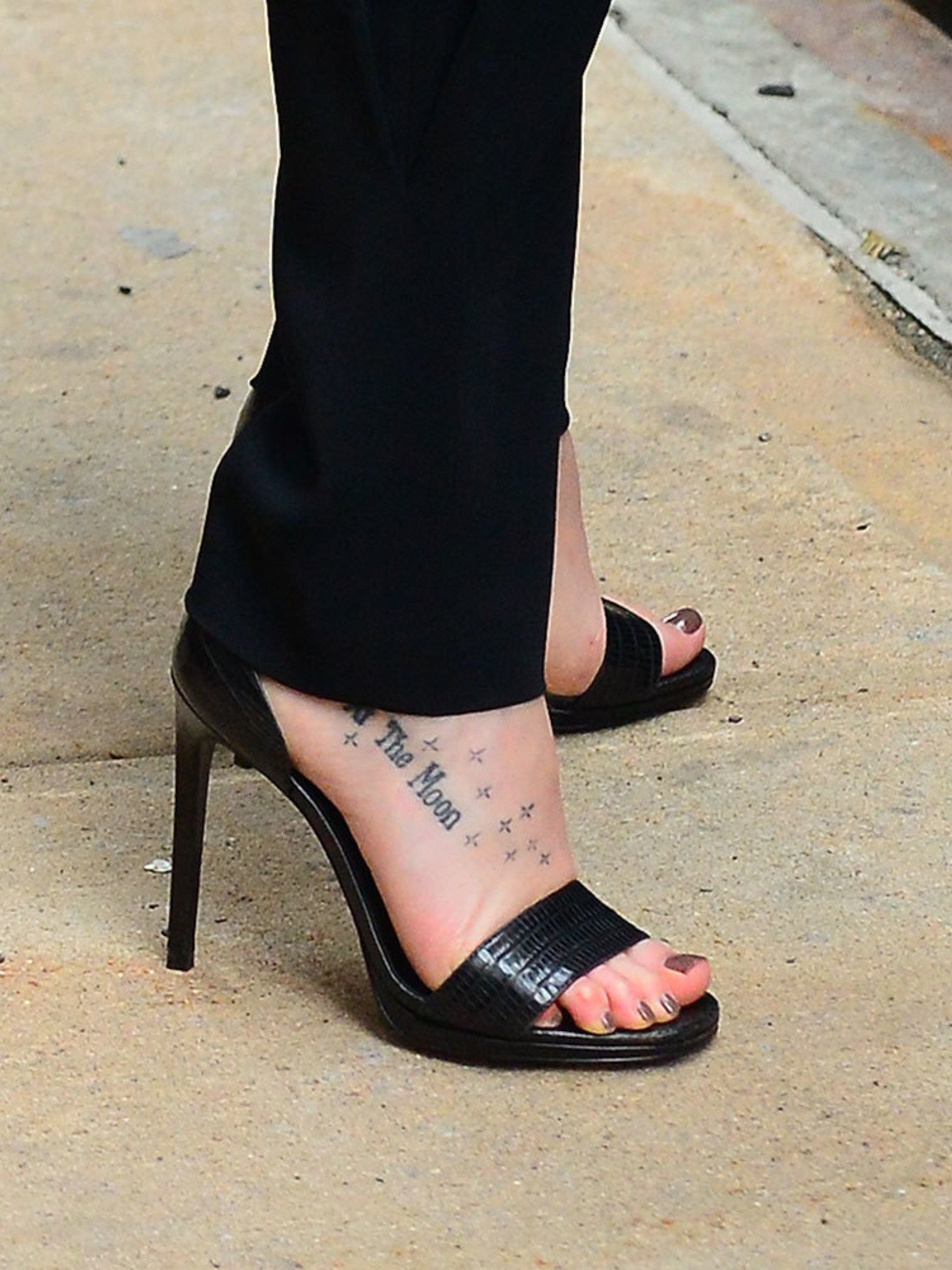 29bcbe1c6cdeb Celebrity Tattoos - The Best Celebrity Tattoo Pictures
