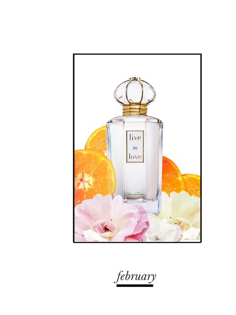 <p>A green floral boasting notes of ginger, jasmine, musk and amber for a deeply romantic scent.  It was created by perfumers  Jean Marc Chaillan and Carlos Benaïm who were inspired by confident women, passionate about life and love.  Even the bottle ooze