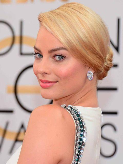 "<p><a href=""http://www.elleuk.com/star-style/red-carpet/golden-globes-2014-celebrity-red-carpet-dresses-annual-awards-ceremony"">Margot Robbie</a></p>"