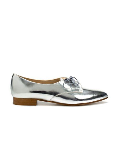 """<p><a href=""""http://www.zara.com/webapp/wcs/stores/servlet/product/uk/en/zara-W2011/118149/478111/PATENT%2BBLUCHER"""">Zara</a> metallic shoes, £69.99</p>"""