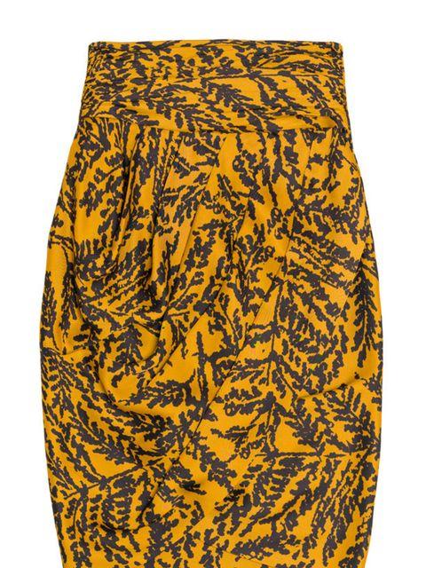 """<p><a href=""""http://www.zara.com/webapp/wcs/stores/servlet/product/uk/en/zara-W2011/122009/541507/DRAPED%2BSKIRT"""">Zara</a> printed pencil skirt, £39.99</p>"""
