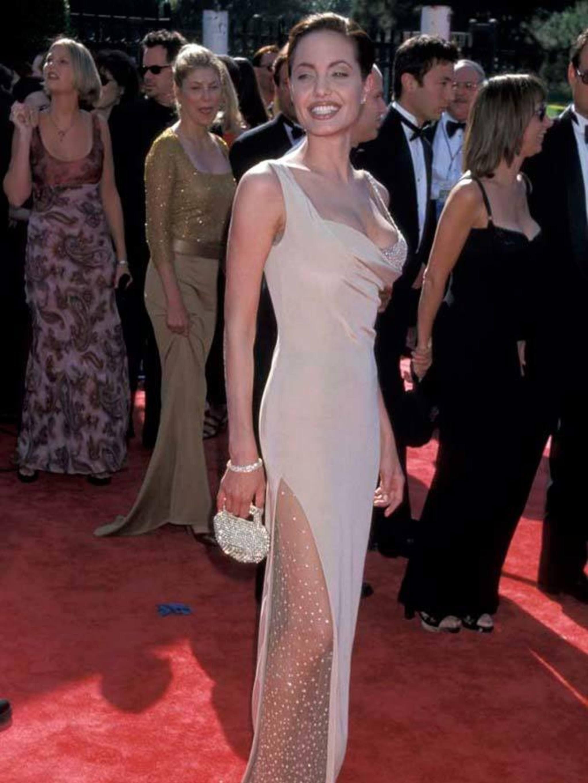 Angelina Jolie Style File - All Og Angelina Jolie\'s Most Hollywood ...