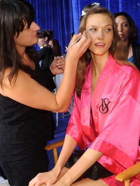 "<p><a href=""http://www.elleuk.com/content/search?SearchText=Karlie+Kloss&amp;SearchButton=Search"">Karlie Kloss</a> gets her make-up done backstage at the <a href=""http://www.elleuk.com/content/search?SearchText=victoria+secrets&amp;SearchButton=Search"">Vi"