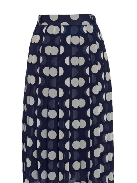 "<p><a href=""http://www.whistles.co.uk/fcp/categorylist/dept/shop?resetFilters=true"">Whistles</a> polka dot skirt, £110</p>"