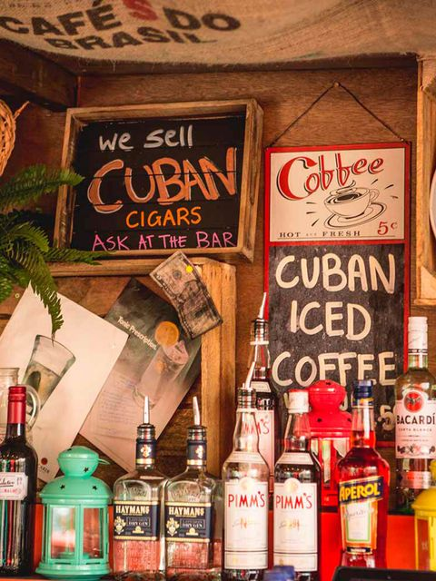 <p>POP-UP: Smokin' Graciela's Rooftop Bar</p>
