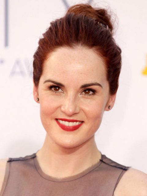 <p>Michelle Dockery at the Emmy Awards 2012</p>