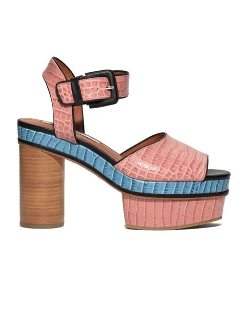 "<p><a href=""http://www.stories.com/gb/Shoes/All_shoes/Embossed_Leather_Platform_Sandals/590763-114042749.1"" target=""_blank"">& Other Stories</a> shoes, £125</p>"