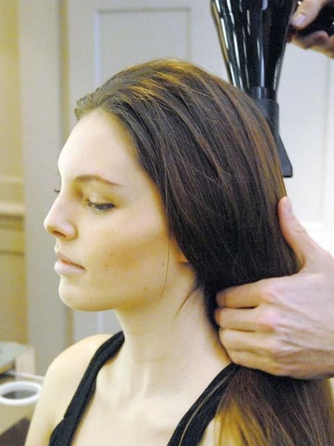 <p><strong>Step 1: </strong>Prepare your hair by applying mousse into towel-dried hair and blow-drying straight – this will give the hair a gutsy, pliable texture.</p>