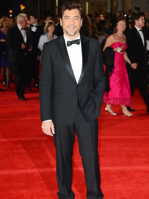 <p>Bond villain Javier Bardem in an eco-friendly Gucci Made to Order tuxedo at the Skyfall premiere</p>