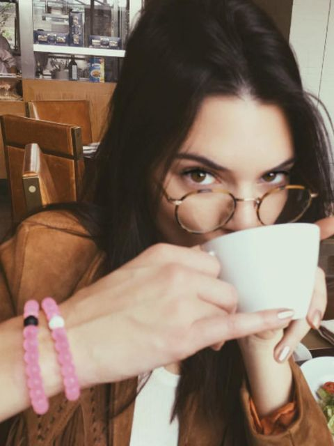 """<p><span style=""""line-height:1.6"""">Kendall Jenner</span></p>  <p>@kendalljenner</p>"""
