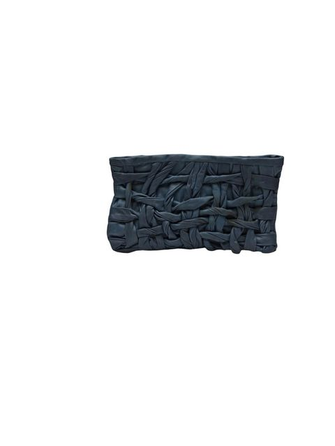 "<p>Nutsa Modebadze clutch bag, £339, at <a href=""http://www.farfetch.com/shopping/women/nutsa-modebadze-clutch-item-10171787.aspx"">Farfetch</a></p>"