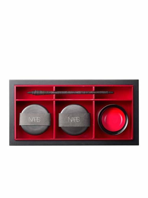 <p>Francois Nars' new Holiday 2011 collection, Modern Kabuki, was inspired by his travels through Japan and his obsession with kabuki make-up (the elaborate make-up worn by traditional Japanese dancers). The new collection includes Hanamichi Kabuki-Inspir