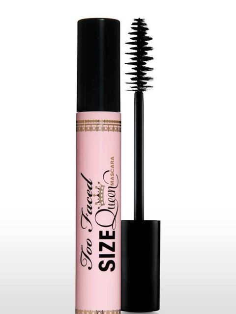 <p><strong>USP:</strong> Light reflecting pigments that keep lashes looking super glossy all day. <strong>The Wand:</strong> A very large brush, it features a 'dual-helix' formation of bristles – which looks like two corkscrews to you and me. The bristles